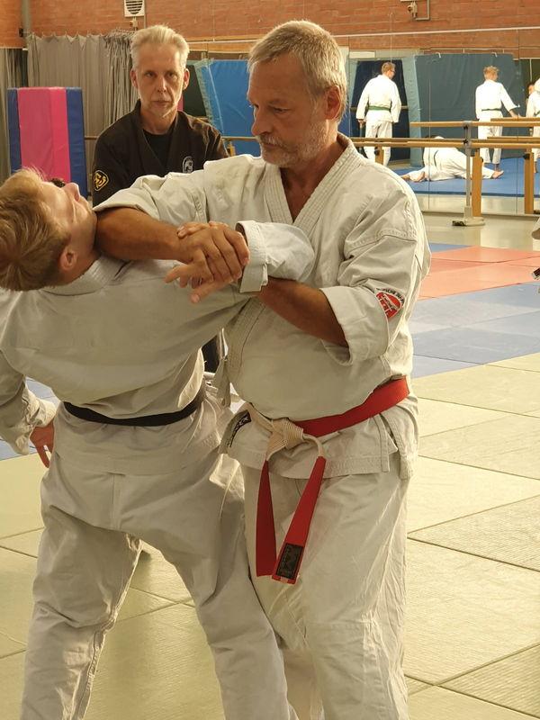 Erik Kreiskott bei der Übung